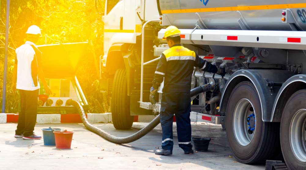 The Top 5 Benefits Of A Fuel Delivery Service For Your Business Tweakbiz